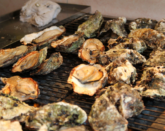 Grilled-oysters-from-Kaki-kun_p
