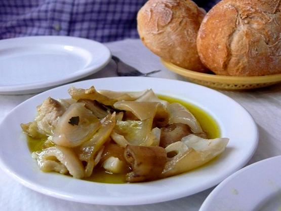 Corteza de cerdo aliñada_Almorzar_Lisboa