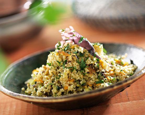 cuscús con algas y verduras
