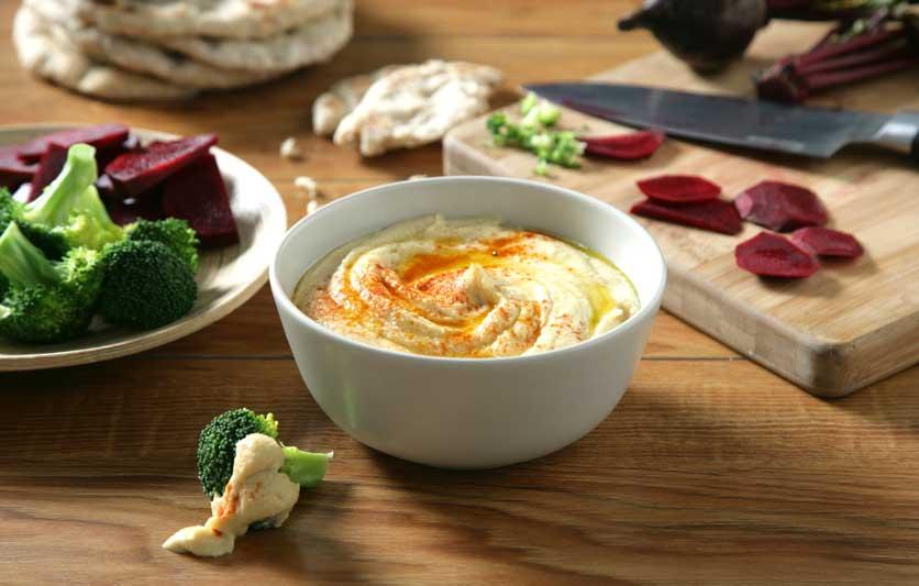 Luengo-Hummus_ZK2F5046